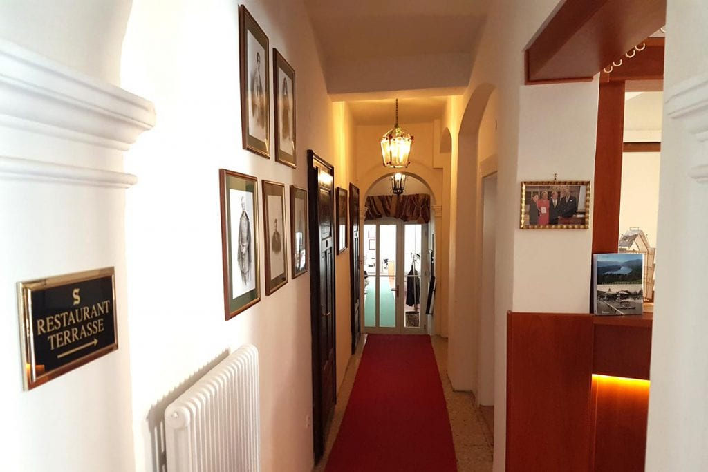 See-Villa Lobby